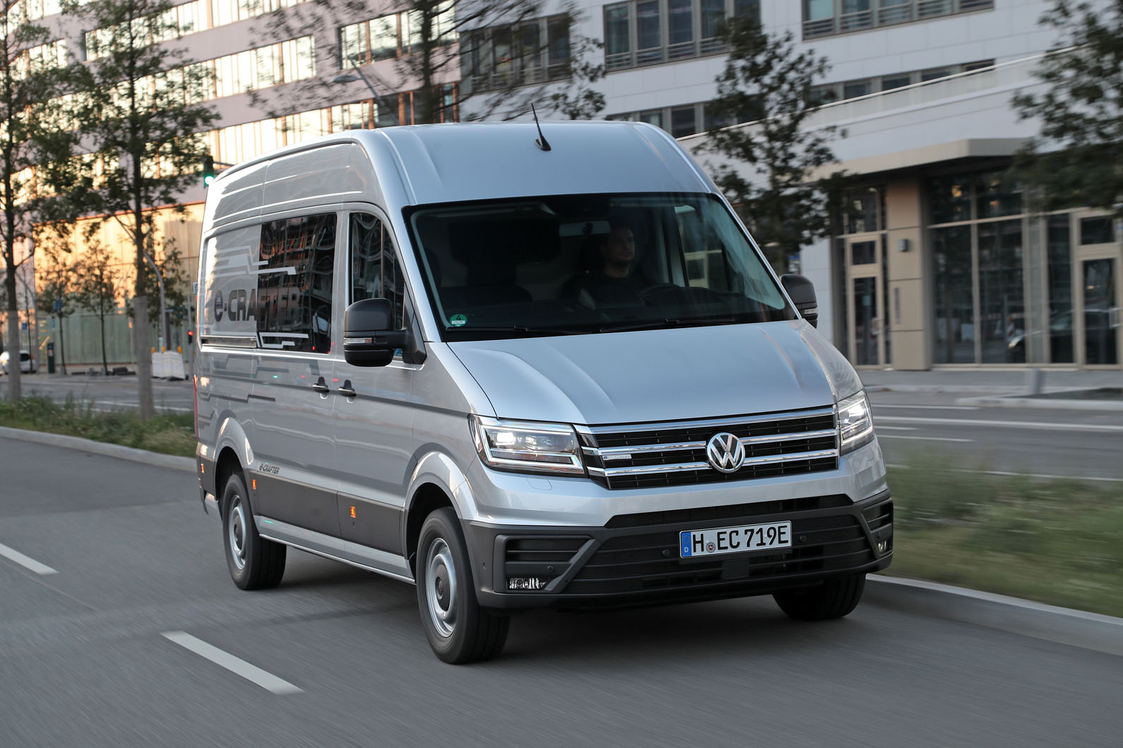 Best 2019 Volkswagen Crafter Reviews - Crafter - Car Reviews
